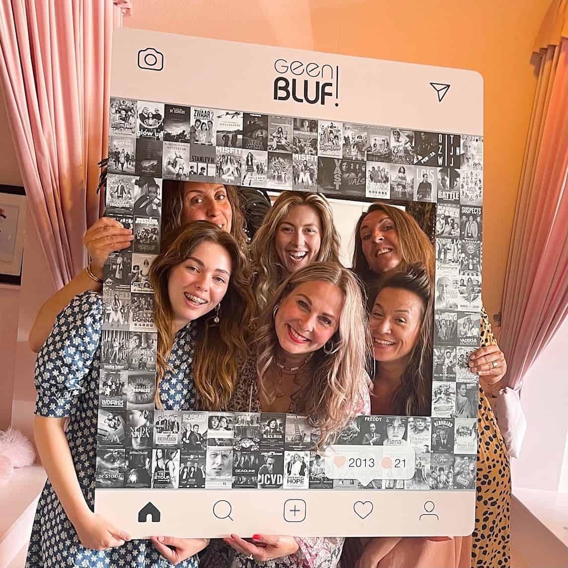 Social Media bord kopen - Social Frame XL - Geen Bluf frame XL
